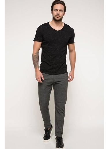 DeFacto Basic V Yaka T-shirt Siyah